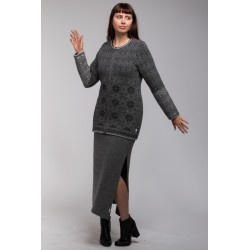 T-623 Cardigan one coloured...